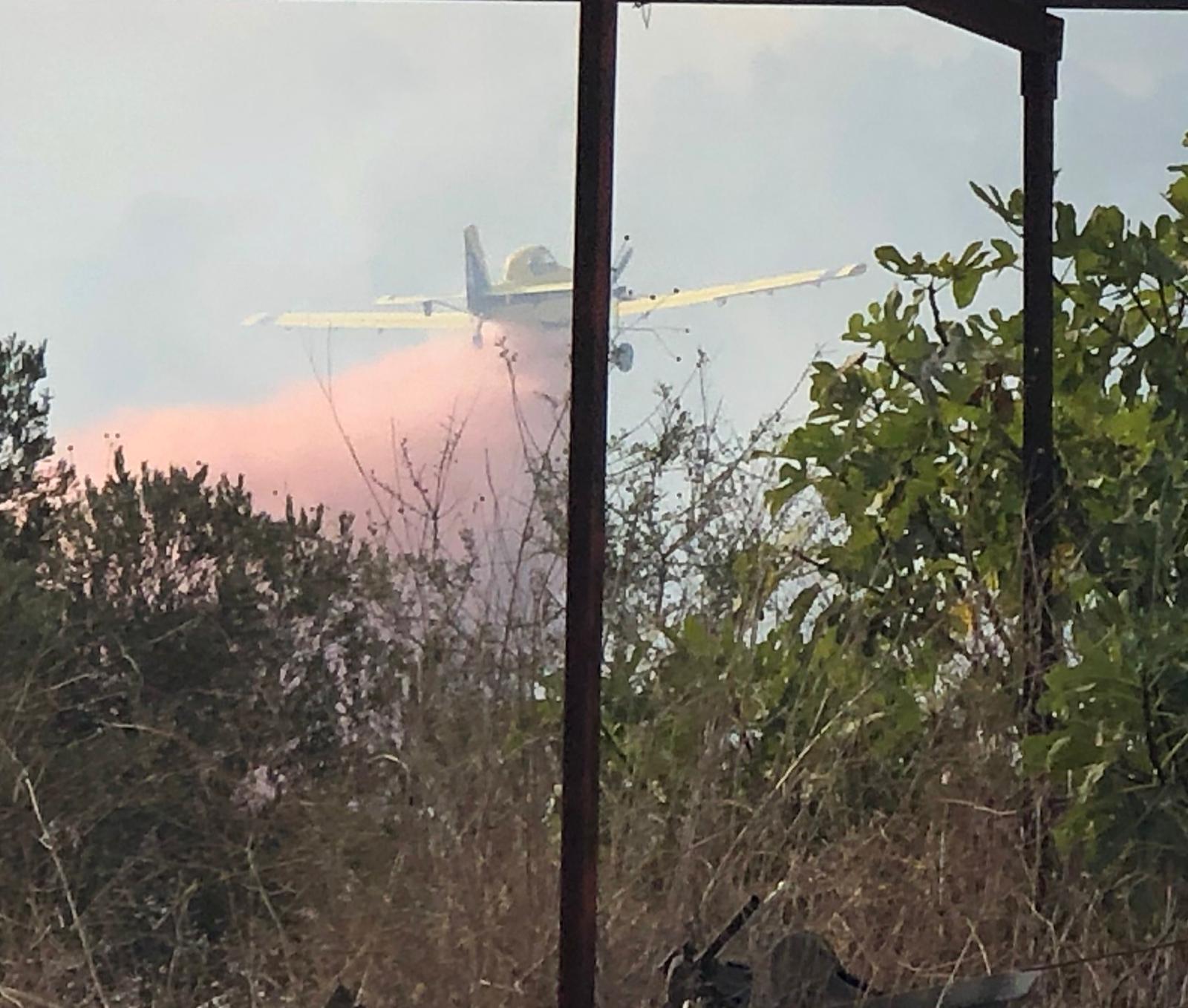 מטוס מכבה שריפה