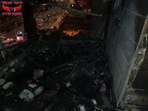 תמונת המרפסת לאחר השריפה