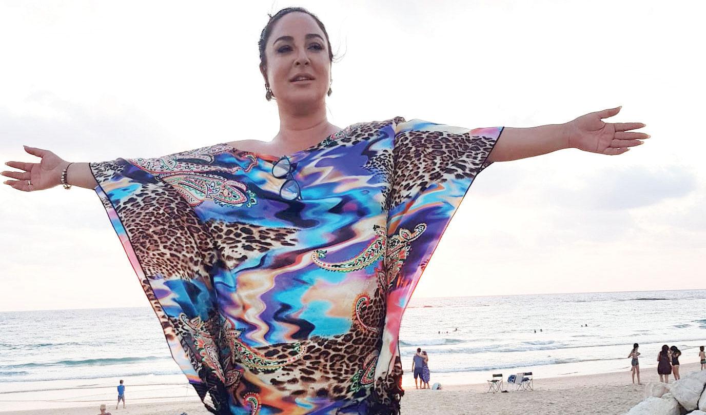 לירז רובין בחוף הים