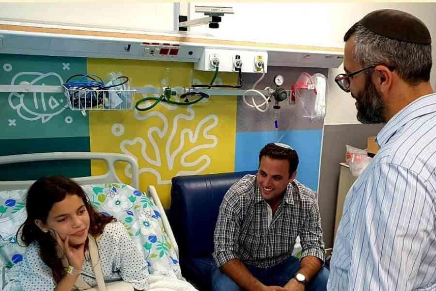 ראש עיריית חריש מבקר במרכז הרפואי לגליל - נהריה. הצילום באדיבות עיריית חריש